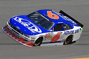 Bayne Leads RFR with 3rd-Place Finish in Daytona 300
