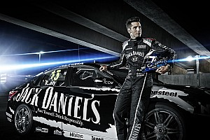 Rick Kelly in the V8 title fight after stunning Clipsal comeback