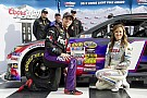 Record qualifying run puts Hamlin back on track at Bristol