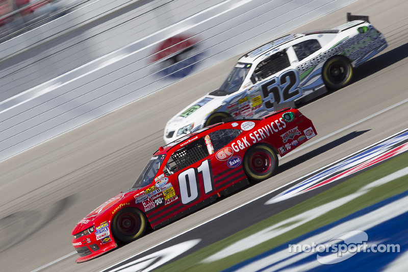 Cassill pointing to top 10 on Bristol 300
