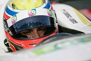 Chaves scores win in Indy Lights at Long Beach