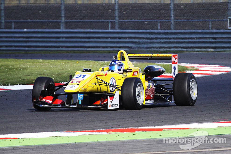 Blomqvist on pole for first Silverstone race