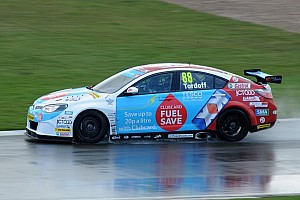 BTCC Race report Tordoff grabs win in frantic race two