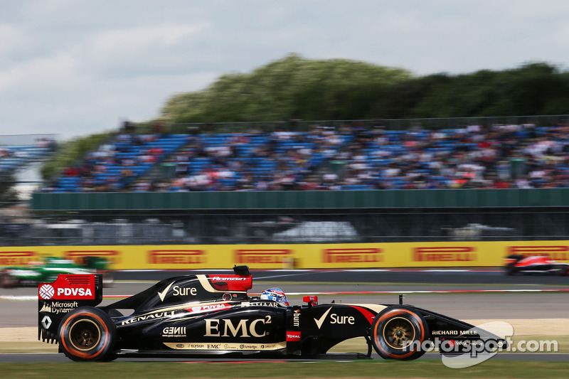Lotus to switch to Mercedes, Sauber to stay with Ferrari in 2015