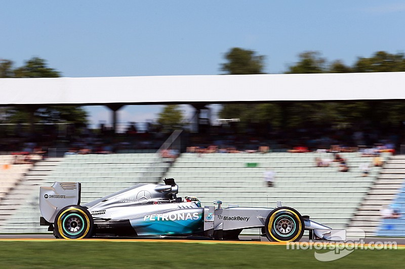 Mercedes' Hamilton ended the first day at Hockenheim fastest