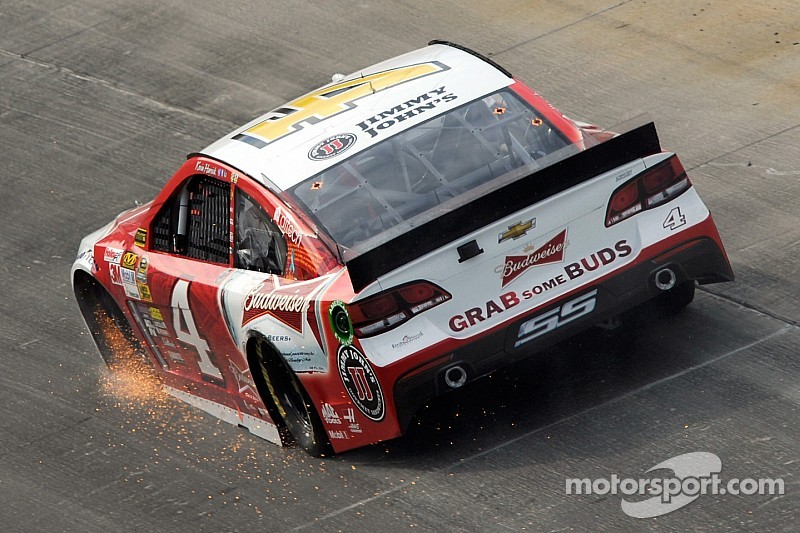 Tire stem knocks Kevin Harvick out of contention at Dover
