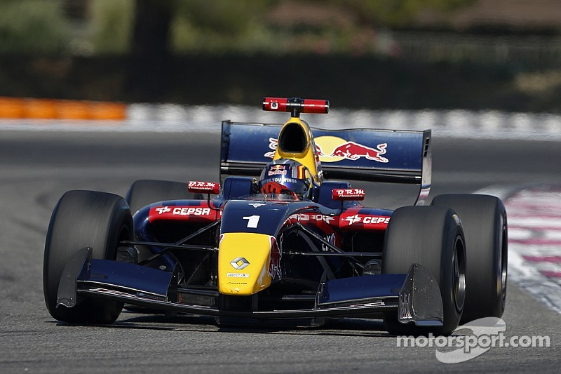 Season ten of the World Series by Renault ends in style at Jerez