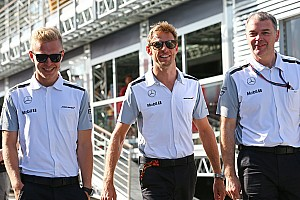 McLaren says no driver announcement until after December 1