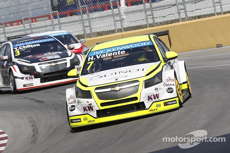 Hard work never stops for WTCC ace Valente