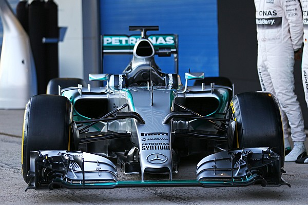 Mercedes launch kickstarts Jerez Formula One test