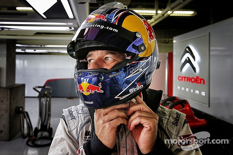 Loeb quickest in first WTCC test of 2015