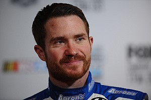 Brian Vickers returns to racing