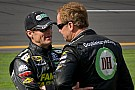 Brotherly love ... Kenny Wallace to fill in for recovering brother Mike