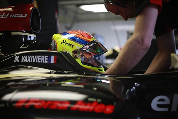 Vaxiviere snatches opening Formula Renault 3.5 pole