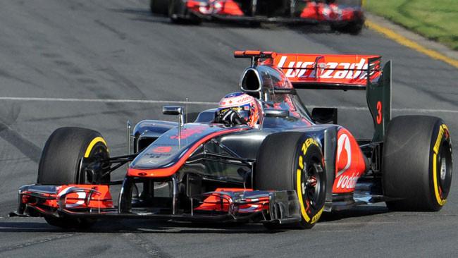Button domina Melbourne con la McLaren