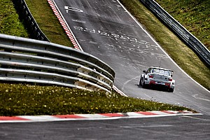 WTCC Qualifying report Lopez claims pole at the Nordschleife