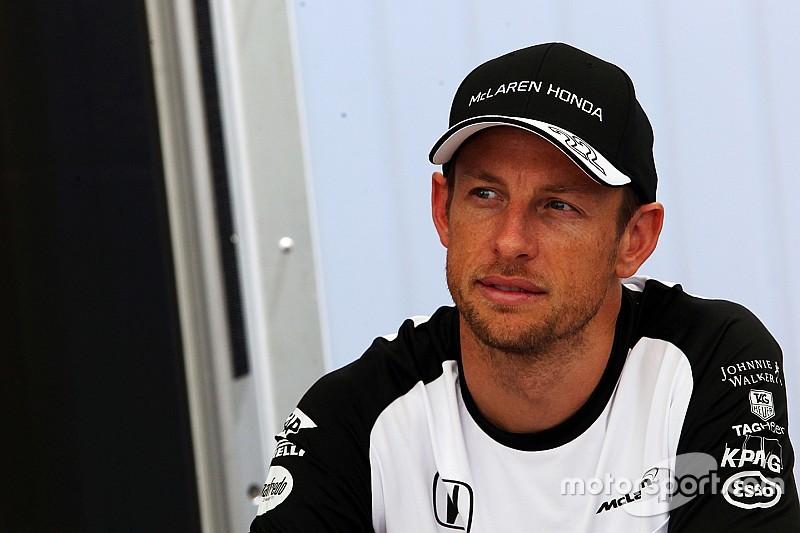 Button advierte por una carrera difícil para McLaren