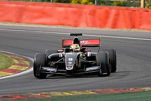Hungary FR3.5: Vaxiviere on pole for Race 2