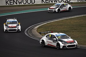 Citroen shouldn't be pegged back, says WTCC promoter