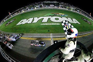 Earnhardt wins as Dillon flips into fence at Daytona