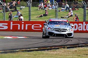 V8 Supercars Practice report Erebus clean sweeps V8 warm-up
