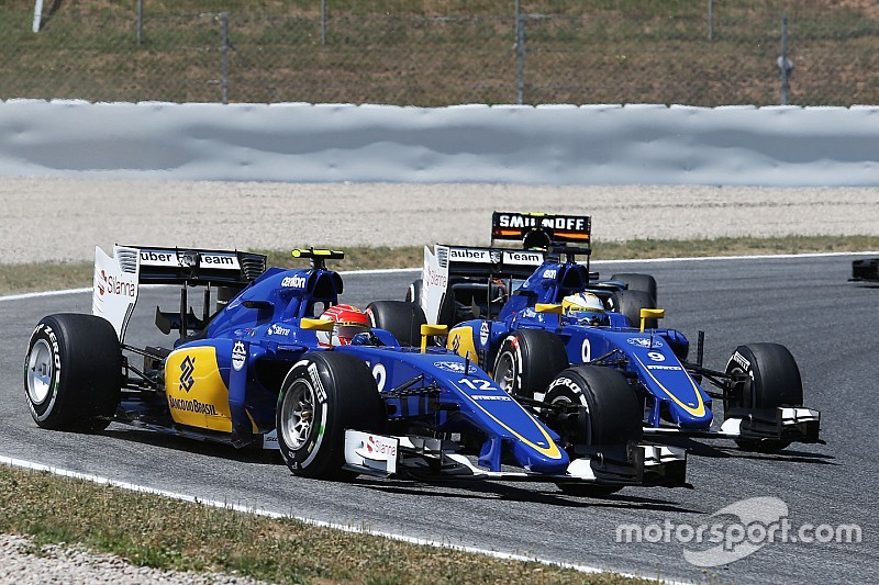 Sauber retains Nasr, Ericsson for 2016 F1 season Felipe Nasr