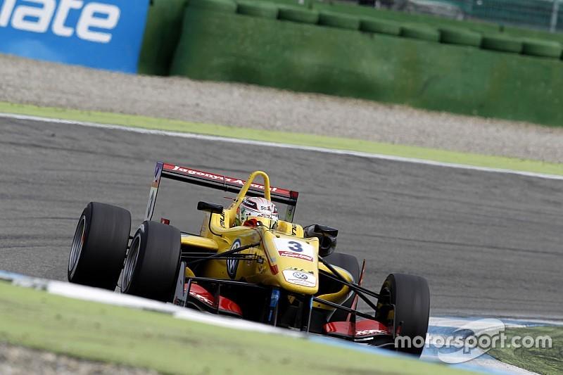 بومر يحقق فوزه الأول بعد سباق زاندفورت الأخير المليء بالحوادث