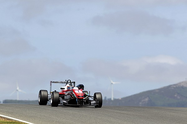 Rosenqvist survives two restarts to win race 2 at Portimao
