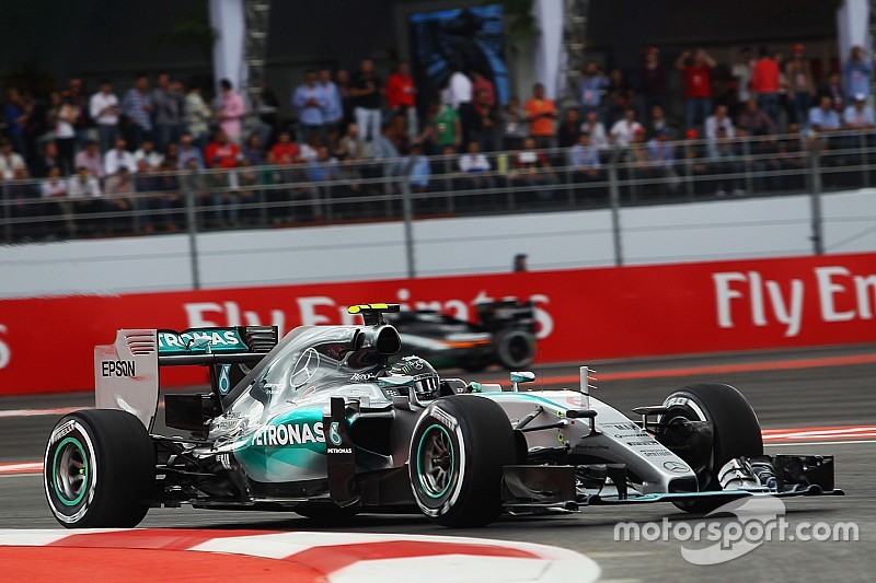 Dream Mexican debut for the Silver Arrows with a front row lockout!