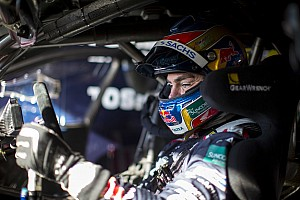 V8 Supercars Breaking news Lowndes looking to right Pukekohe wrongs