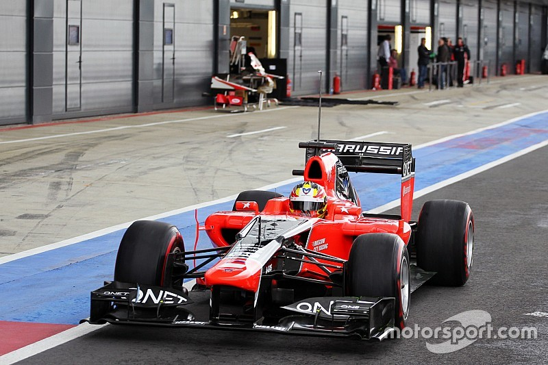 King en Haryanto testen voor Manor in Abu Dhabi