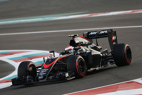 Formula 1 Button expects to quickly drop back in the race