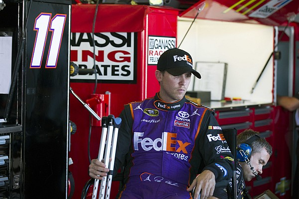 NASCAR Sprint Cup Hamlin undergoes scheduled knee surgery