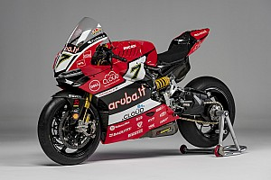 World Superbike Breaking news Ducati unveils bike for 2016 WSBK title assault