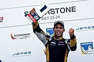 Formula V8 3.5 Reporte de la carrera Roy Nissany fue imparable en Silverstone