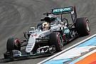 Hamilton naar wedstrijdleiding geroepen voor 'unsafe release'