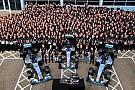 Party in Brackley und Brixworth: Mercedes feiert 3. WM-Titel in Folge
