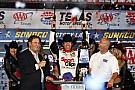 NASCAR Sprint Cup La pioggia interrompe la gara in Texas e lancia in finale Carl Edwards