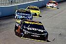 Monster Energy NASCAR Cup Mesmo sem título, Truex Jr. recebe prêmio