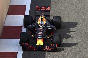 Red Bull'un 2017 aracı çarpışma testini geçti