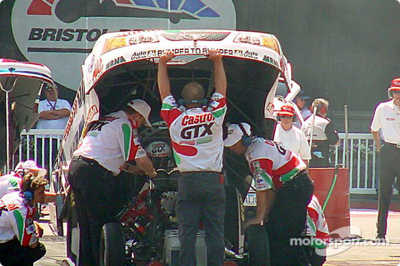 John Force's three floppers flopped at Bristol. The three cars spanned the spectrum on performance with Tony Pedregon going out with an unusual DNQ, Gary Densham getting the best qualifying time and Force falling in the middle. The best the team could do