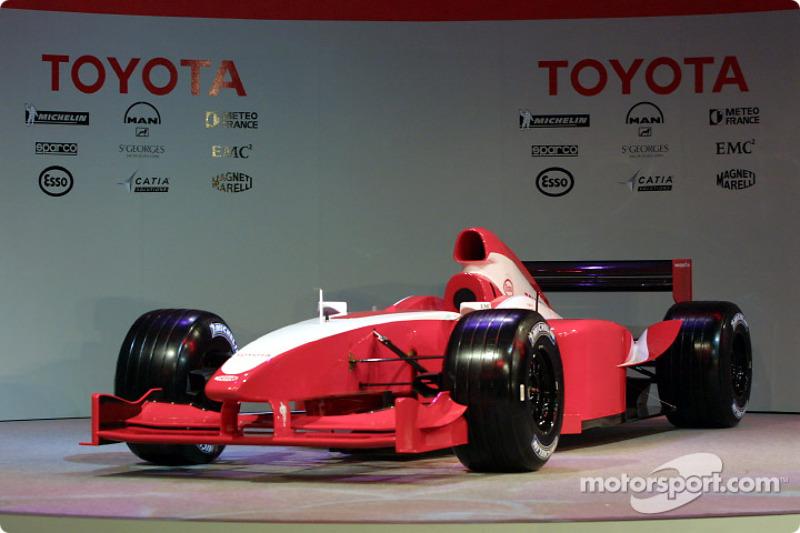 Car unveiling at Paul Ricard