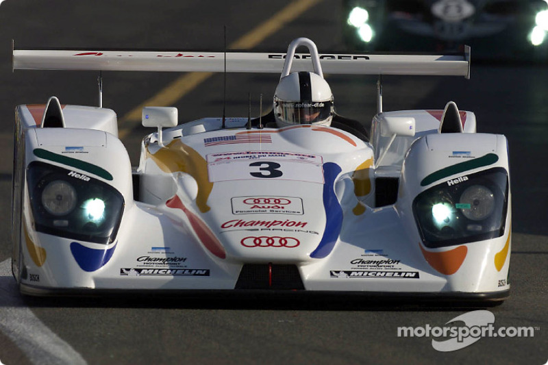 Champion Racing driver Ralf Kelleners (#3) in first qualifying on Wednesday
