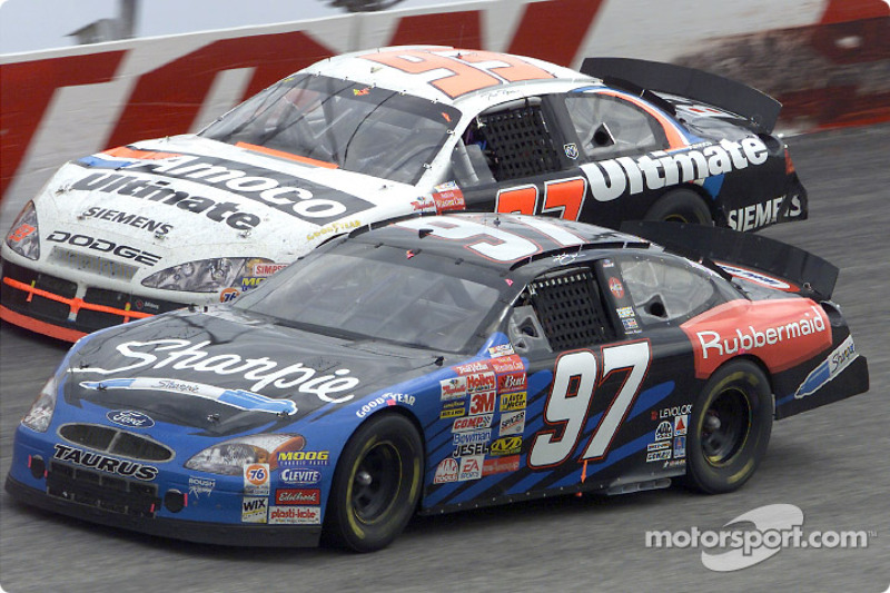 Ryan Newman passes Dave Blaney in turn one