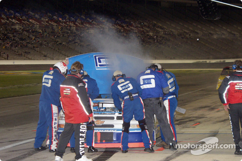 Engine trouble for Billy Bigley