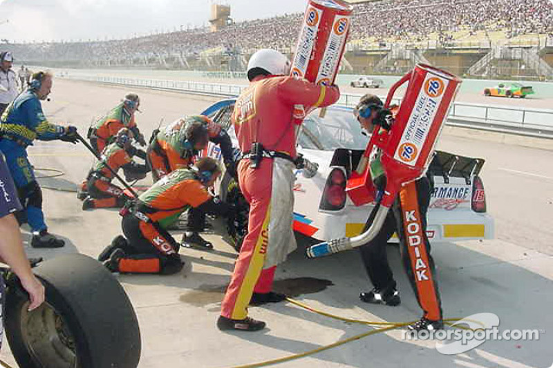 Pitstop for Tim Sauter