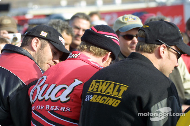 Pre-race ceremony: Dale Earnhardt Jr. and Matt Kenseth
