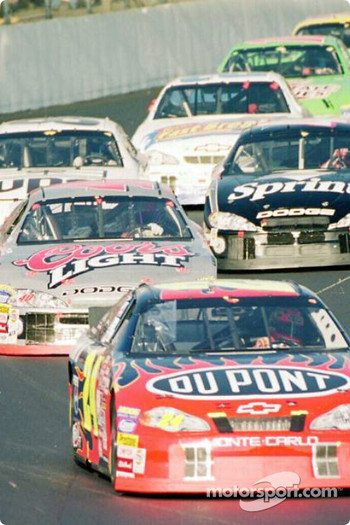 Jeff Gordon in front of Sterling Marlin