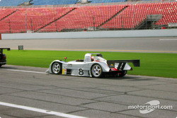 Rand Racing Lola B2K/40 Nissan