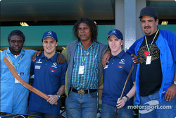 Felipe Massa and Nick Heidfeld with the Aboriginal Bush Mechanics